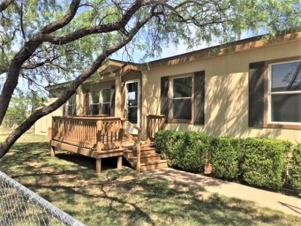 2902 Northshore Dr, Abilene, TX 79601