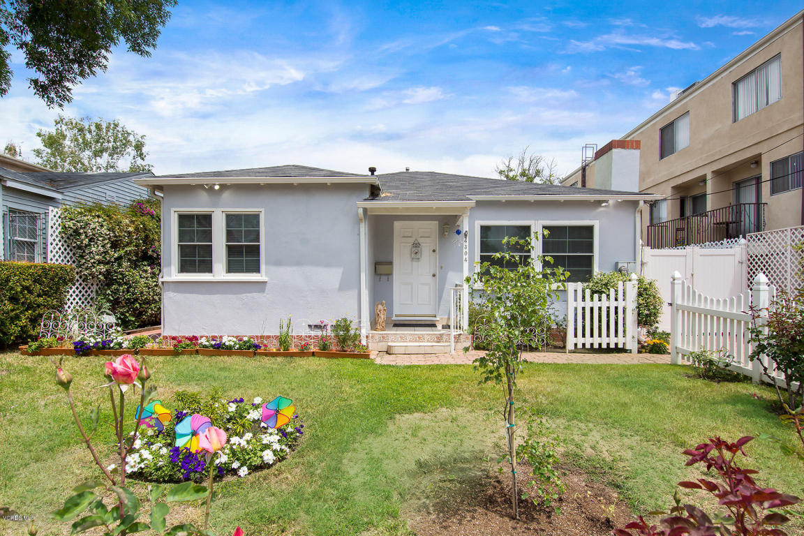 4304 Coldwater Canyon Avenue, Studio City, CA 91604