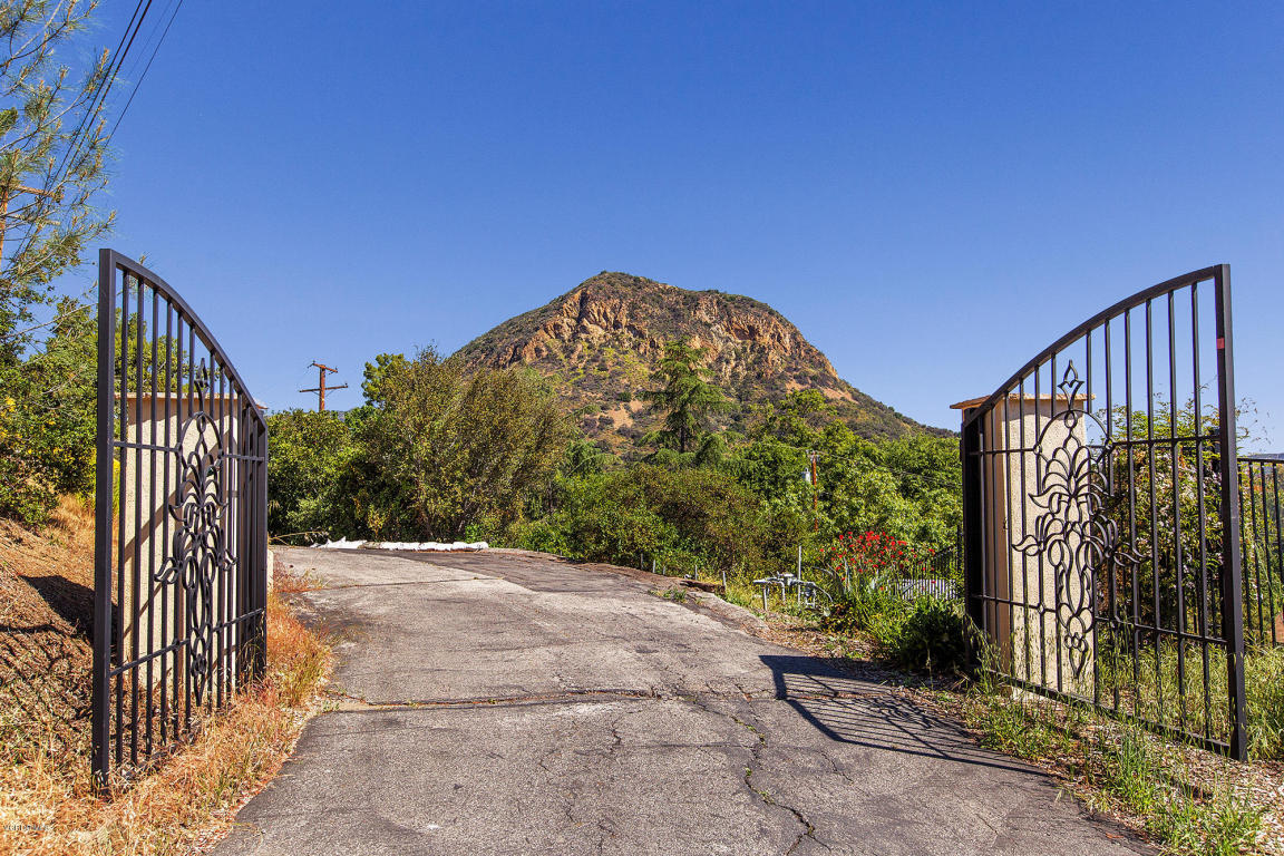 1832 Olivera Drive, Agoura Hills, CA 91301