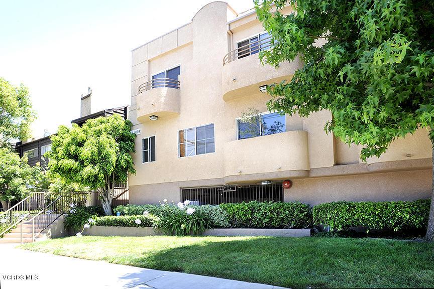 11524 Moorpark Street, Studio City, CA 91604