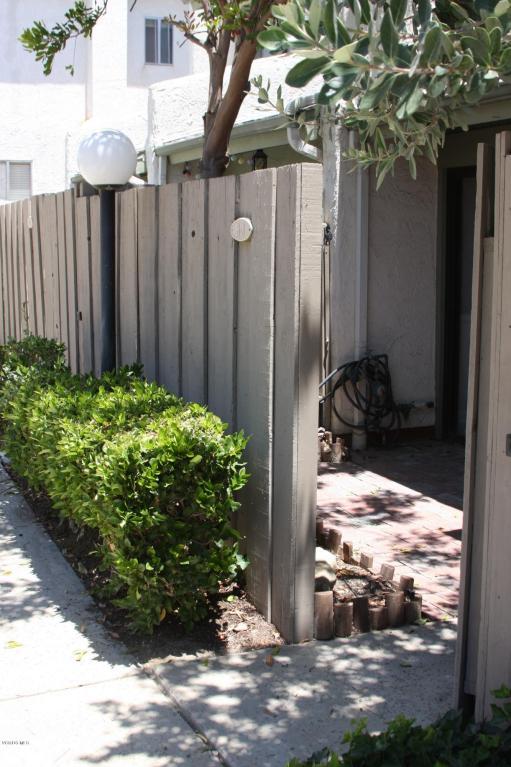 5263 Colodny Drive, Agoura Hills, CA 91301