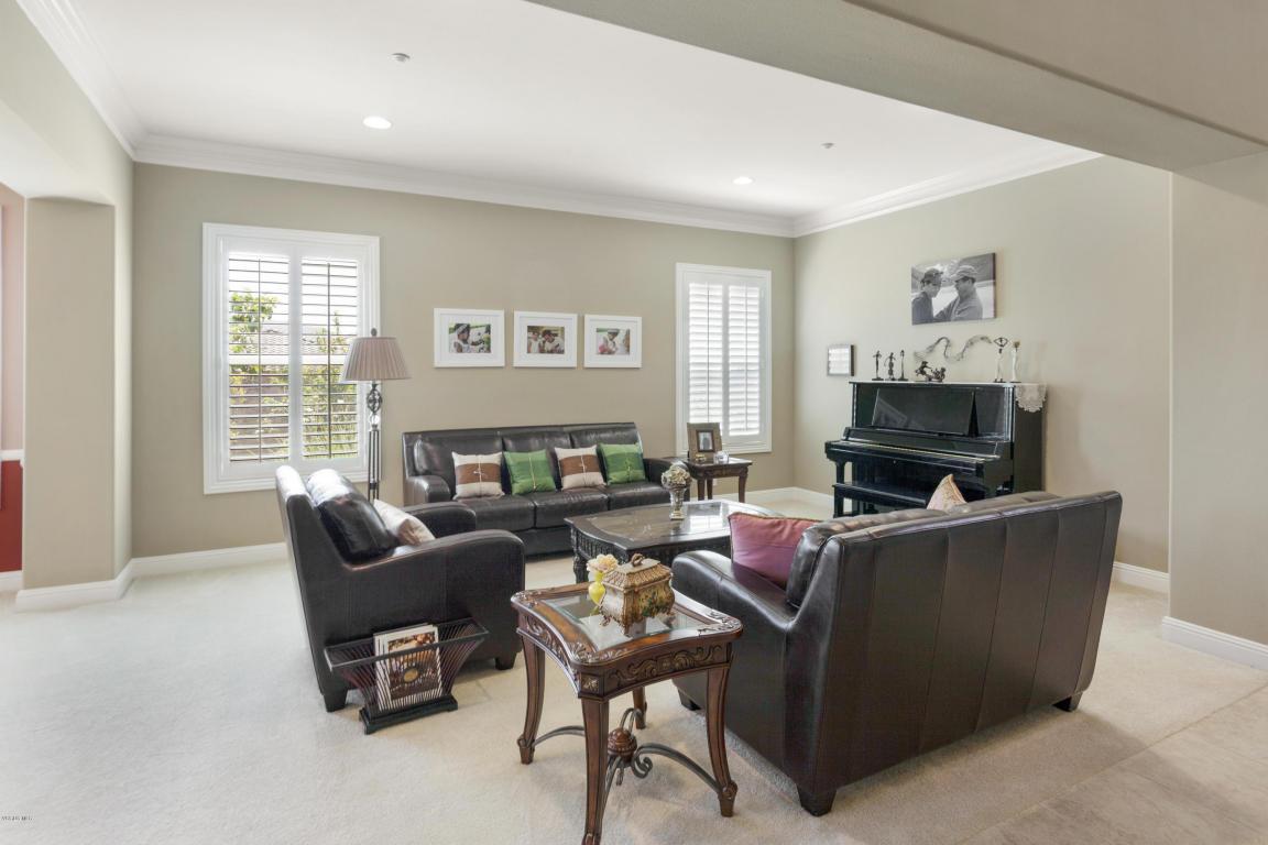 2190 Rosa Vista Terrace, Camarillo, CA 93012