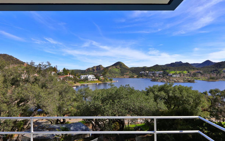 103 Lake Sherwood Drive, Lake Sherwood, CA 91361