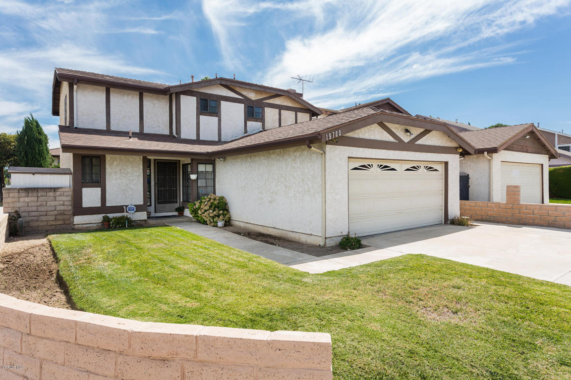 19700 Strathern Street, Winnetka, CA 91306