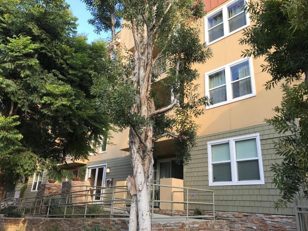 6038 Carlton Way, Los Angeles, CA 90028