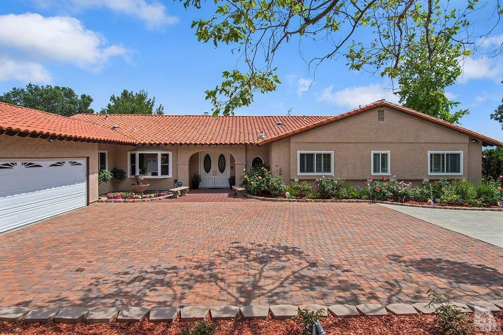 38 Inverness Road, Thousand Oaks, CA 91361