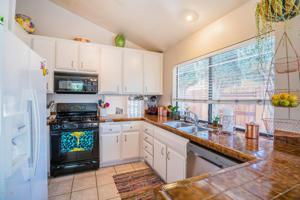 921 Catlin Street, Simi Valley, CA 93065