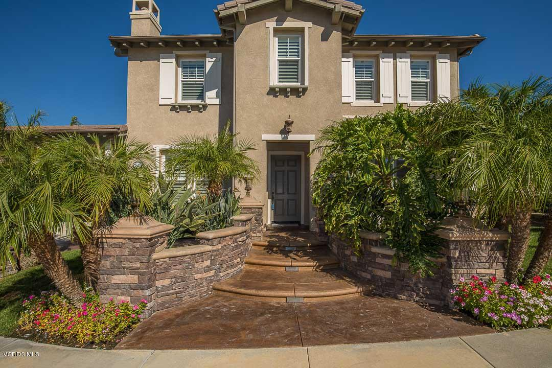 2749 Forest Grove Lane, Simi Valley, CA 93065