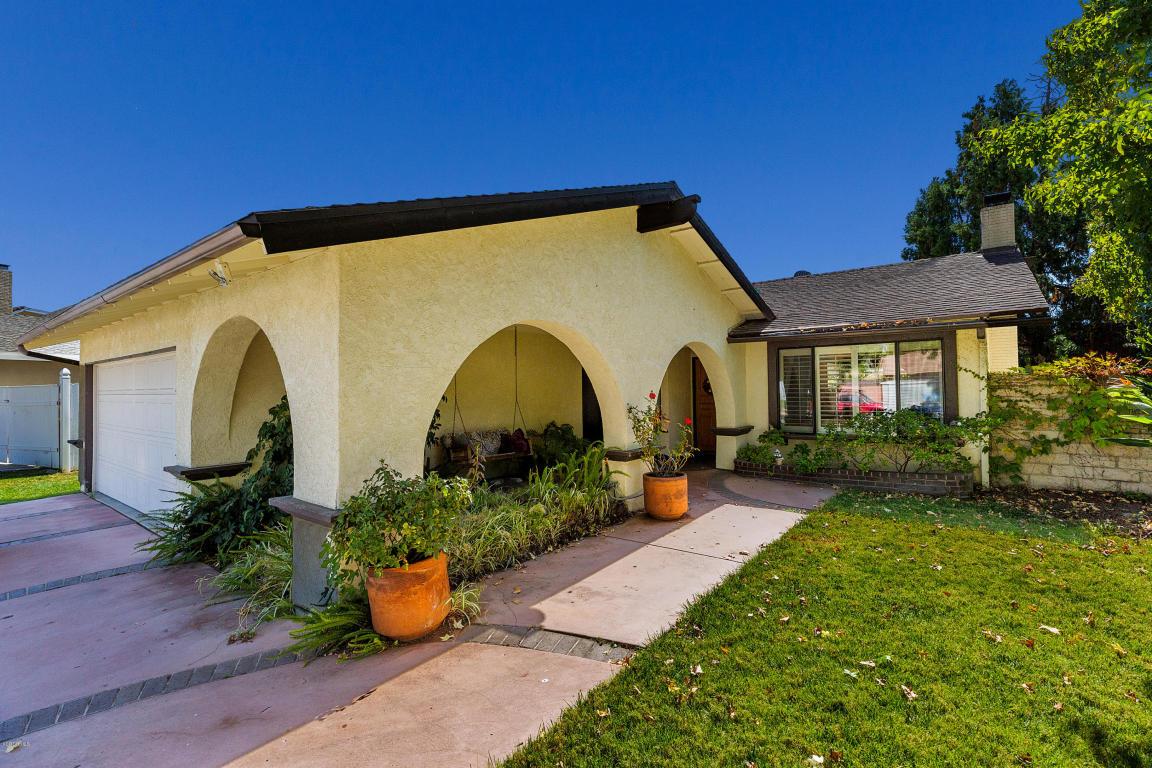30428 Sandtrap Drive, Agoura Hills, CA 91301