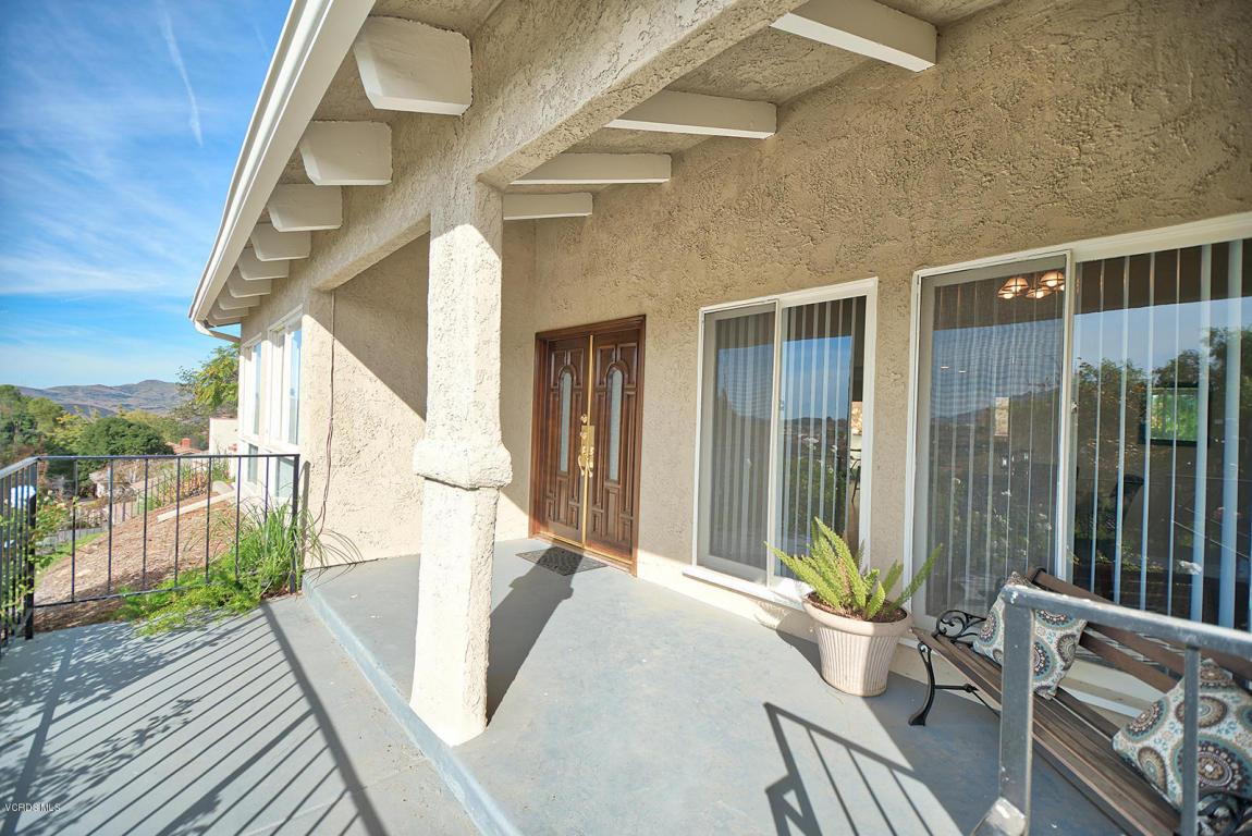 2046 Calle Yucca, Thousand Oaks, CA 91360