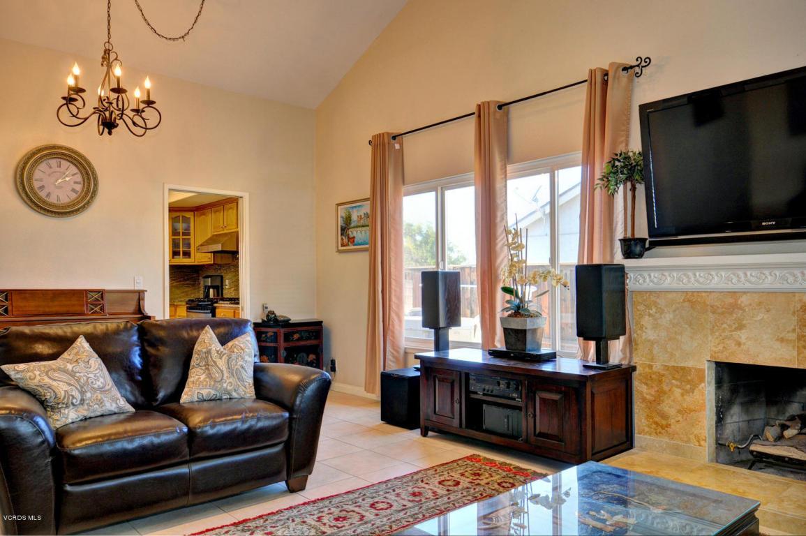290 Autumnwood Street, Thousand Oaks, CA 91360