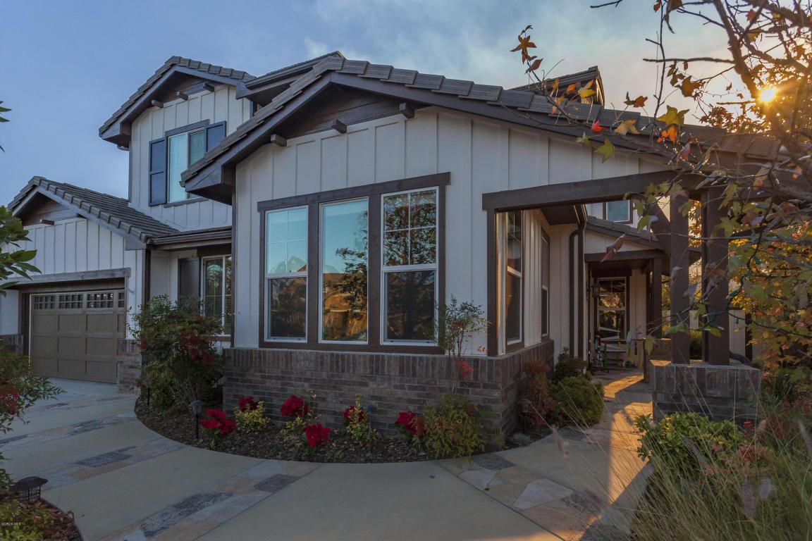 816 Hemlock Ridge Court, Simi Valley, CA 93065
