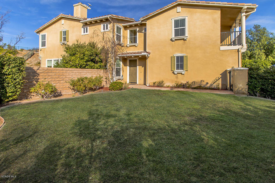 2225 Swift Fox Court, Simi Valley, CA 93065