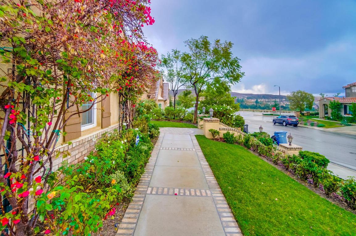 3658 Legends Drive, Simi Valley, CA 93065