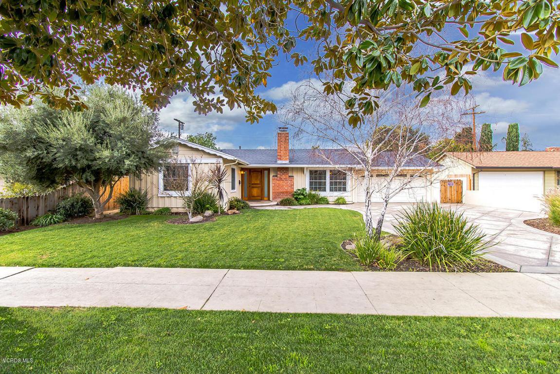 7447 Farralone Avenue, Canoga Park, CA 91303