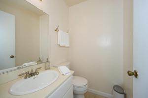 569 Serento Circle, Thousand Oaks, CA 91360