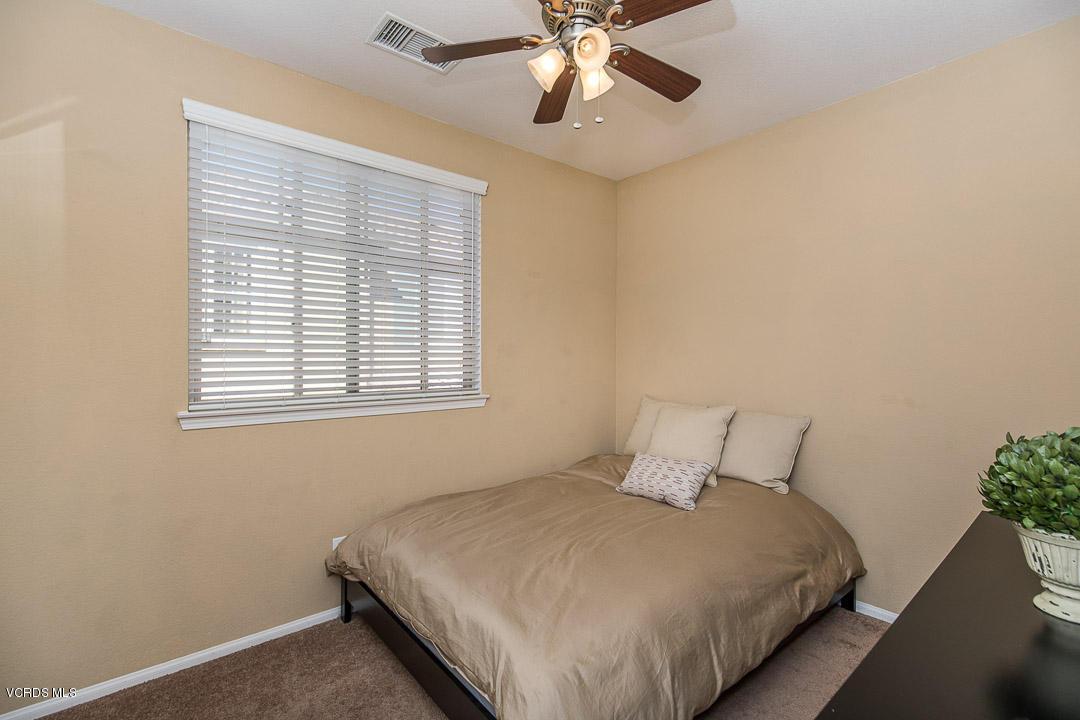 6822 Simmons Way, Moorpark, CA 93021