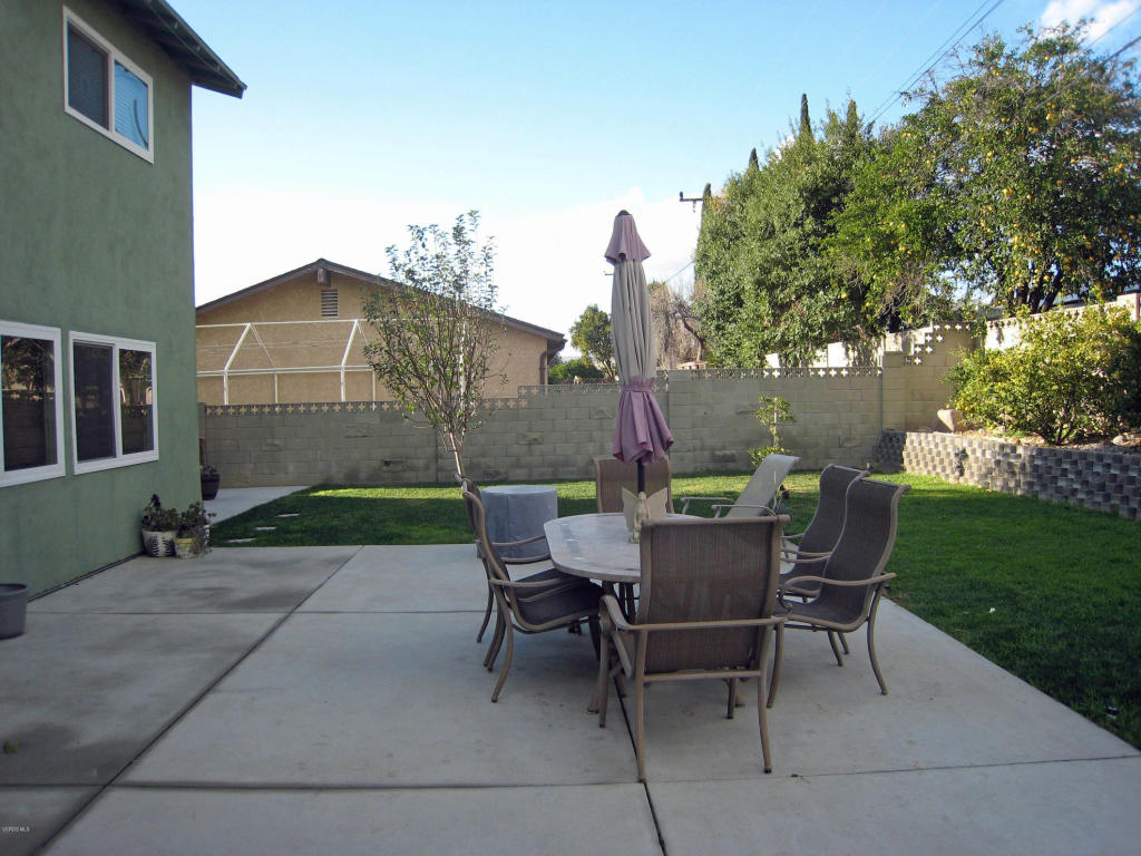2104 Lindale Avenue, Simi Valley, CA 93065