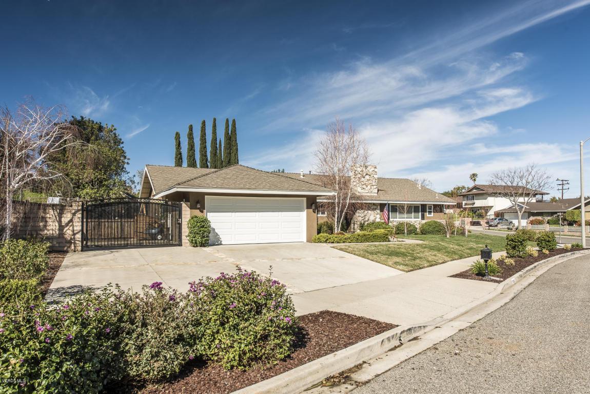 1095 Balsamo Avenue, Simi Valley, CA 93065