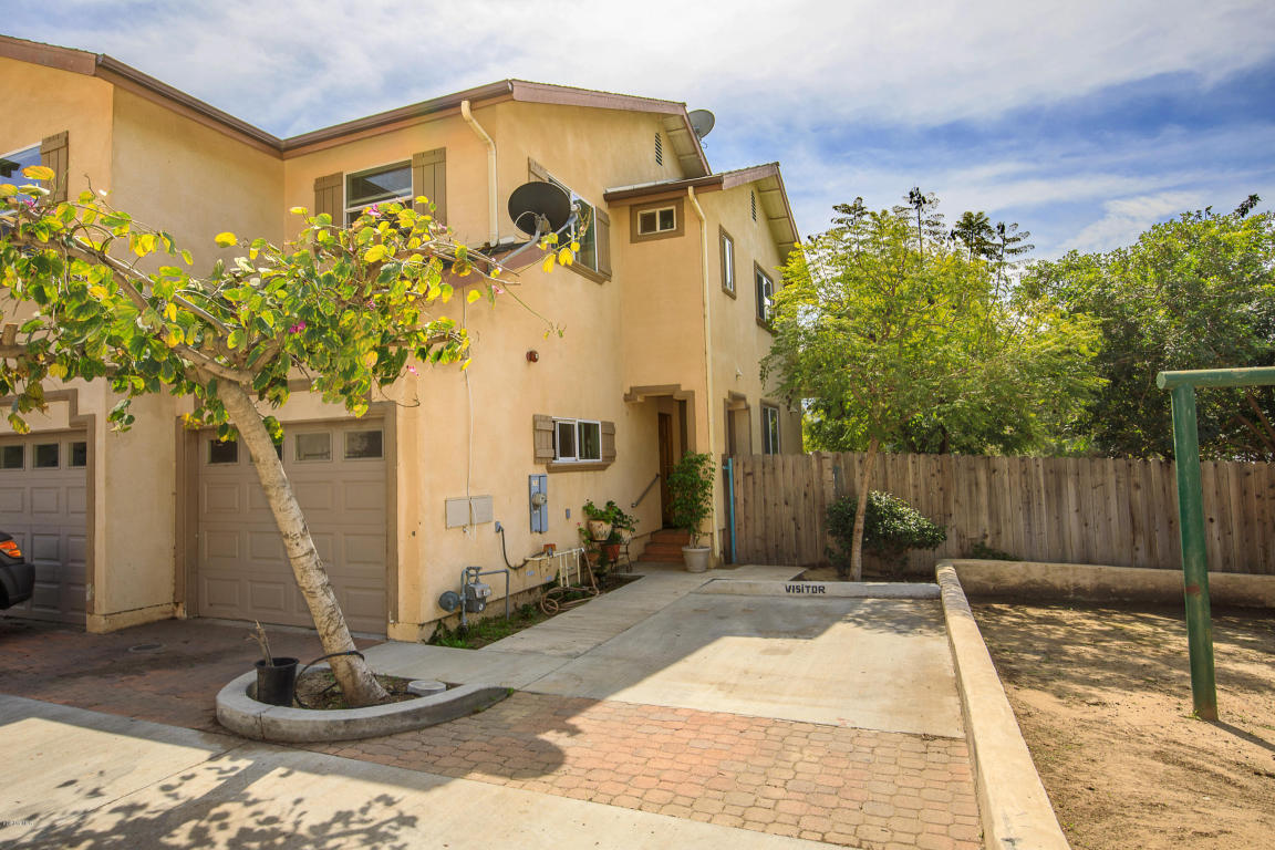 256 S 12th Street, Santa Paula, CA 93060
