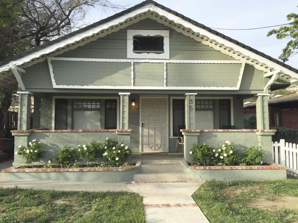 35 Charles Street, Moorpark, CA 93021