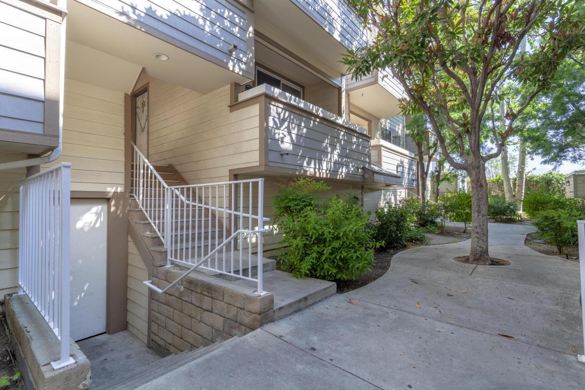 11150 Glenoaks Boulevard, Pacoima, CA 91331