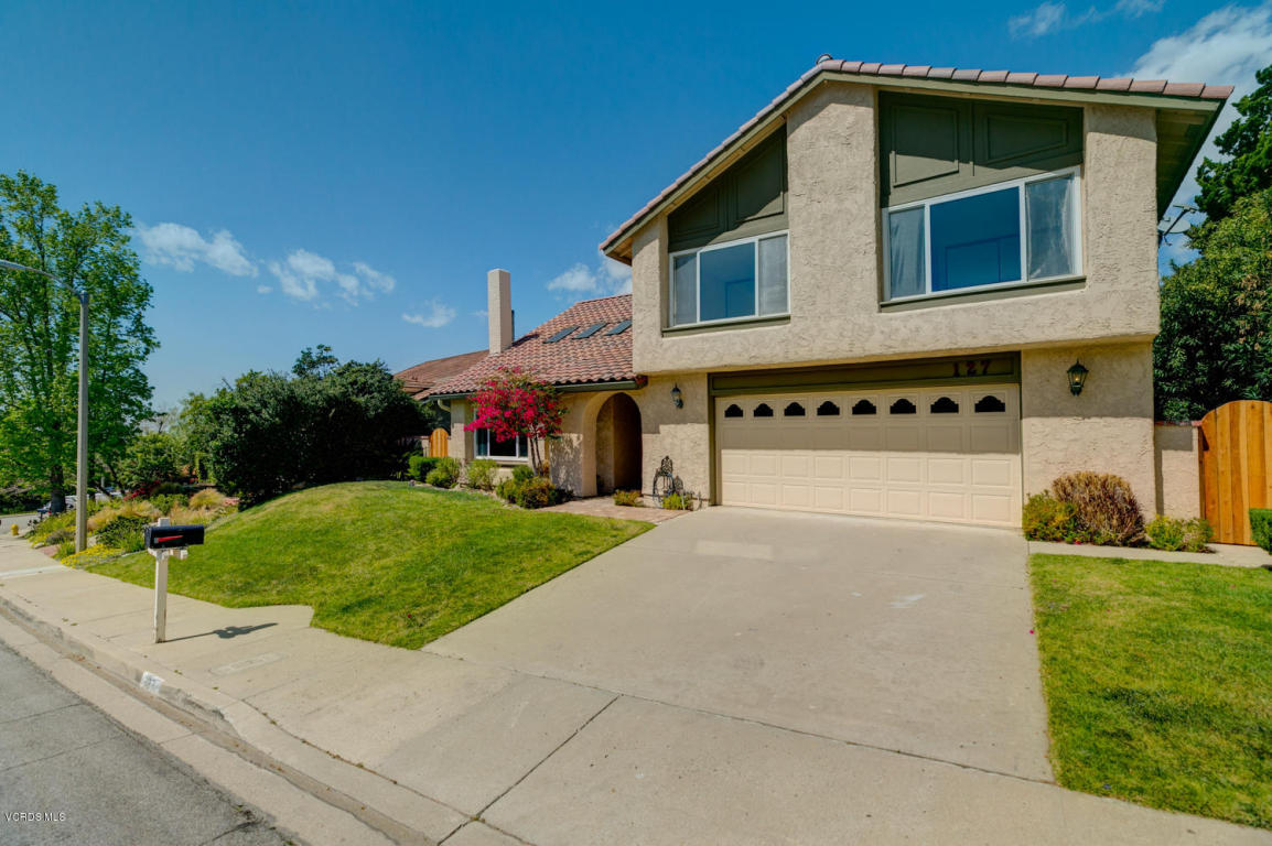 127 Los Padres Drive, Thousand Oaks, CA 91361