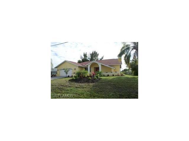 818 Se 33rd St, Cape Coral, FL 33904