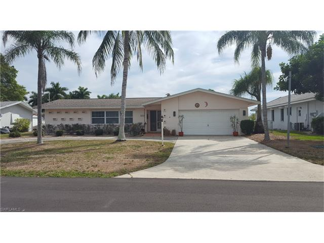 826 Monticello Ct, Cape Coral, FL 33904