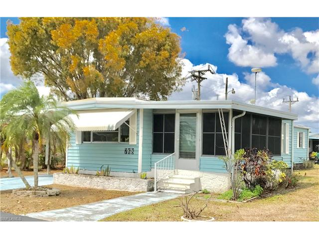 768 Roses Ln, North Fort Myers, FL 33917