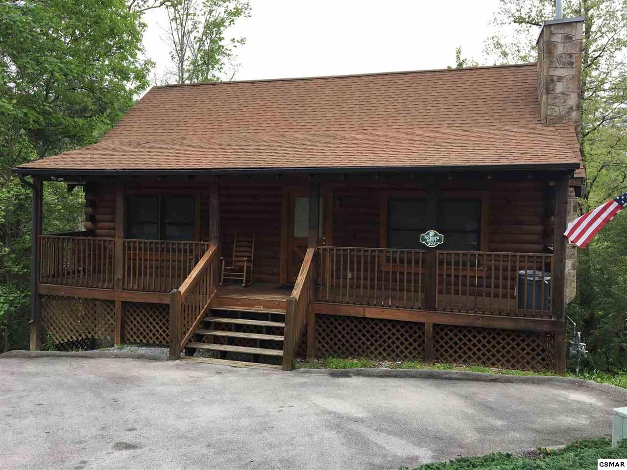719 Golden Eagle Way, Pigeon Forge, TN 37863