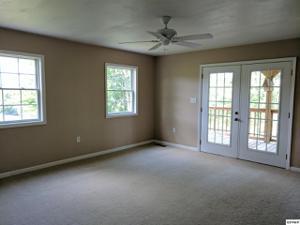 114 Woodvale Rd, Newport, TN 37821