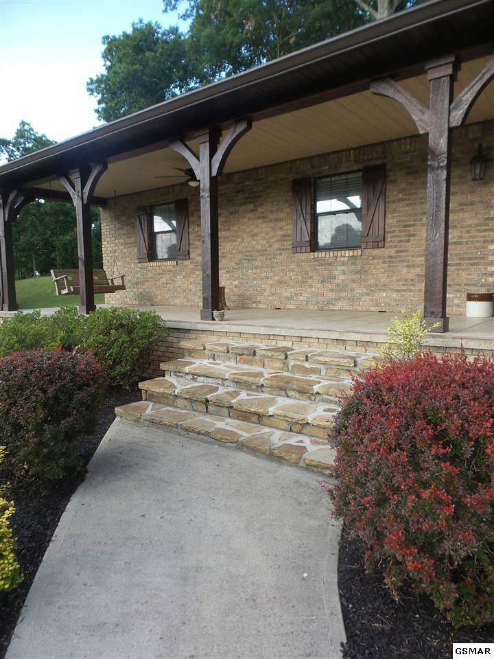 3121 Autumn Oaks Circle, Kodak, TN 37764