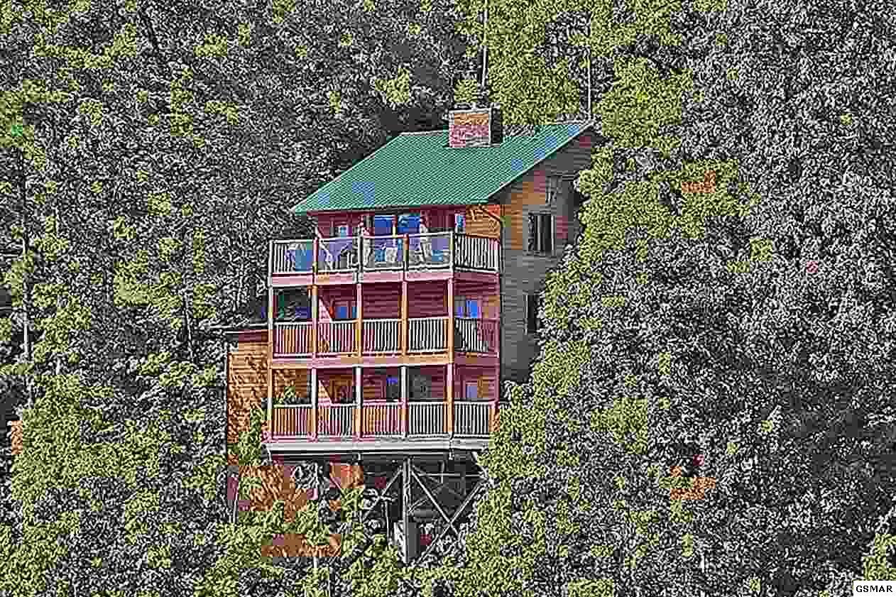 1503 Zermatt Drive, Gatlinburg, TN 37738