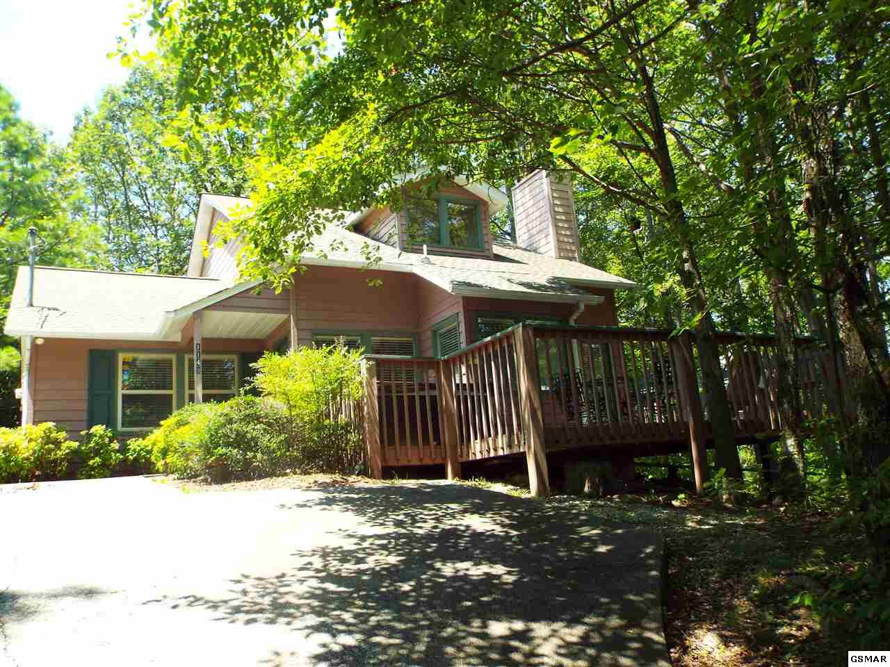 1148 Ski View Dr, Gatlinburg, TN 37738