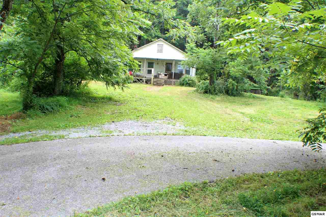 4042 Dockery Branch, Sevierville, TN 37876