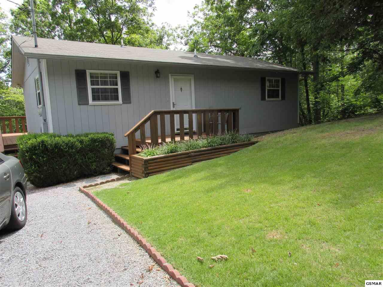 641 West Gold Dust Drive, Pigeon Forge, TN 37863