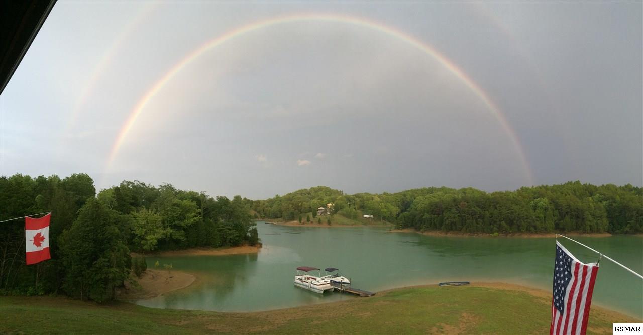 3769 Island View Rd, Sevierville, TN 37876