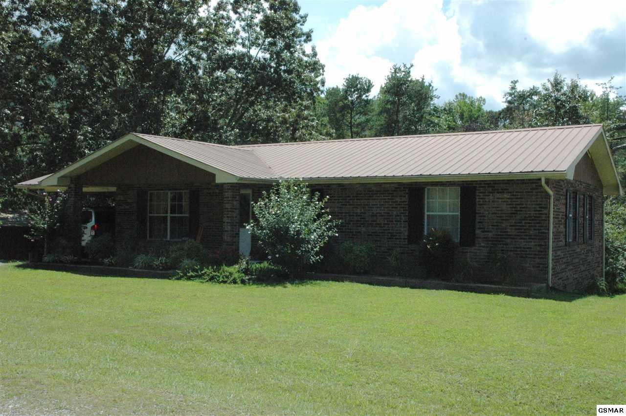 612 Honeysuckle Way, Sevierville, TN 37862