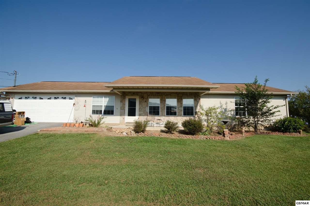 3221 Bativa Garden Ct., Sevierville, TN