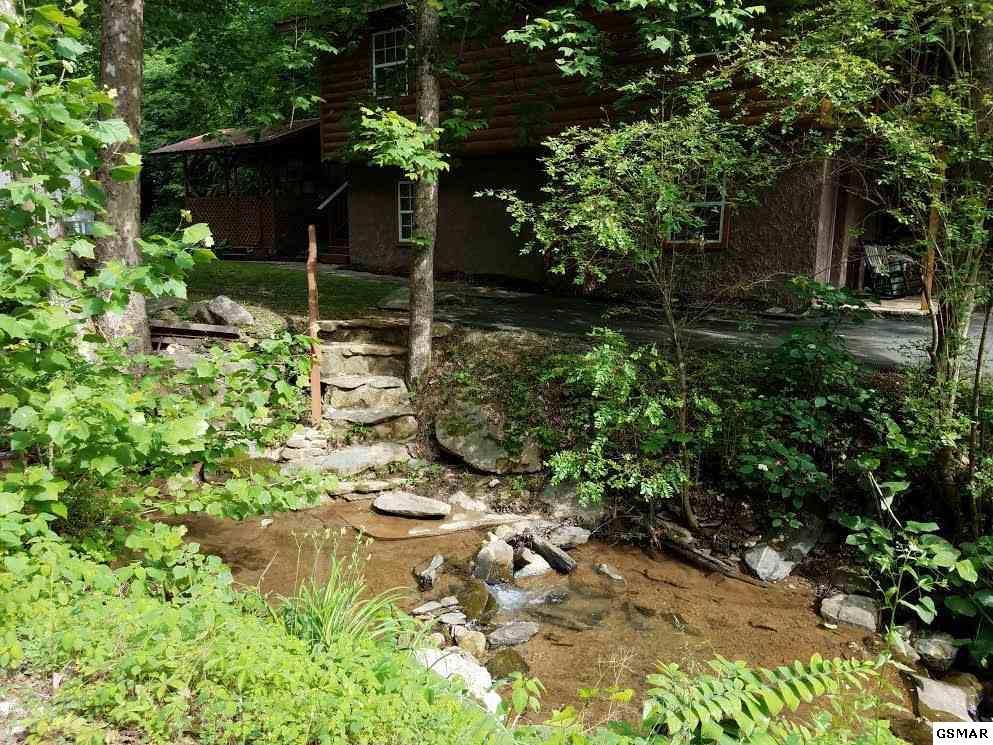 409 King Branch Road, Sevierville, TN 37876