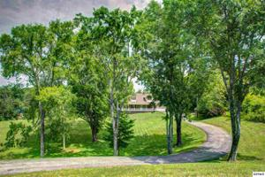 1778 Ferry Hill Road, Dandridge, TN 37725