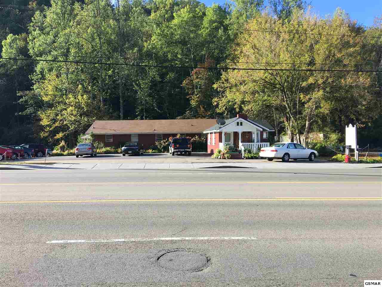 1410/1414 E Parkway, Gatlinburg, TN 37738