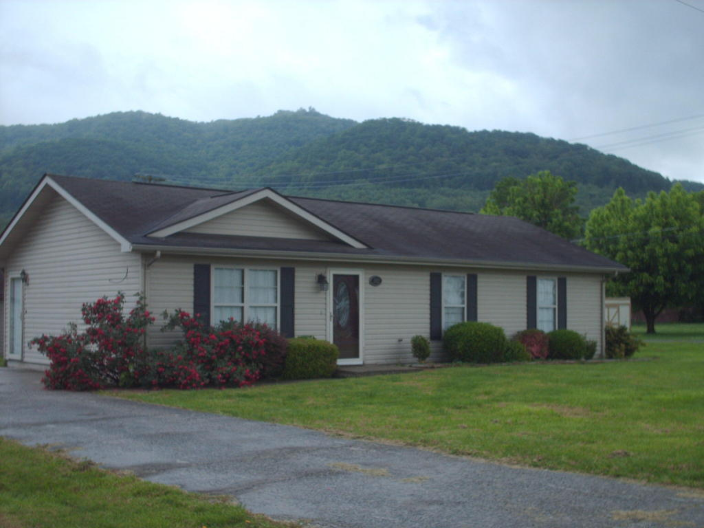 1912 W Chester Ave, Middlesboro, KY 40965