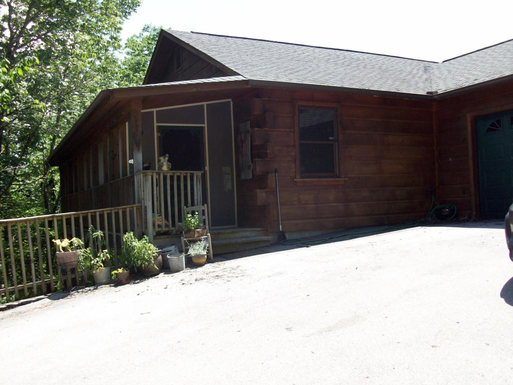 284 Panther Creek Rd, Sevierville, TN 37876