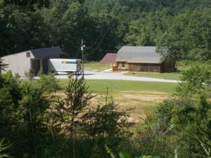 90 Sportsman Club Rd, Crossville, TN 38555