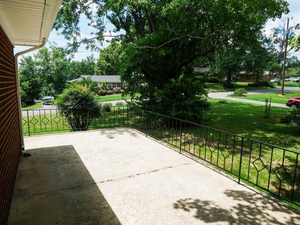 513 Scenic Drive, Clinton, TN 37716