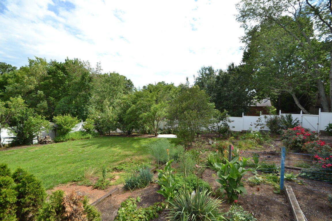 ... 1209 Highvue Drive, Knoxville, TN 37932 ...