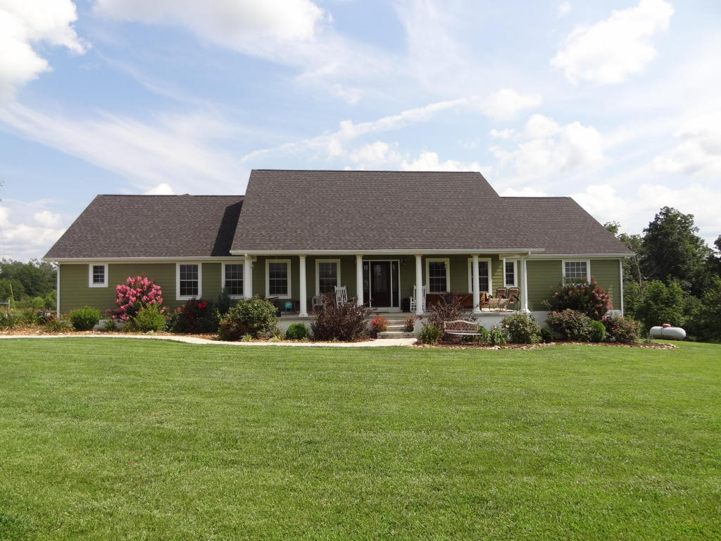 4128 Potato Farm Rd, Crossville, TN 38571