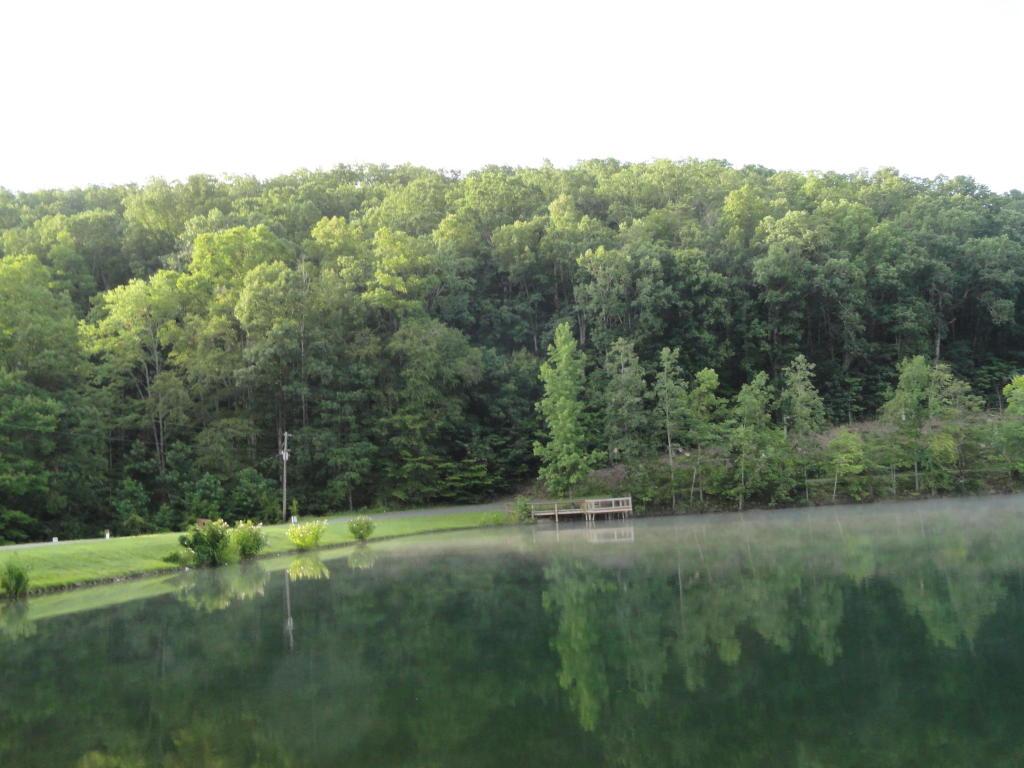 Laurel Lake Circle, Madisonville, TN 37354